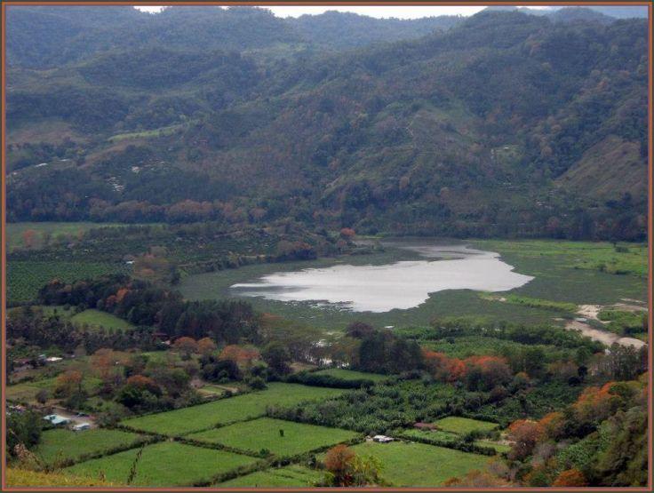 Orosi_Lake